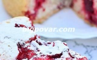 Пирог с брусникой в мультиварке рецепт