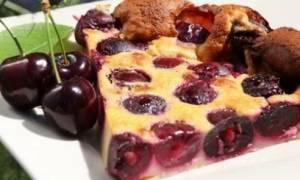 Заливной пирог с вишней в духовке: рецепт с фото
