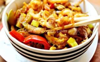 Лапша соевая с овощами и морепродуктами рецепт