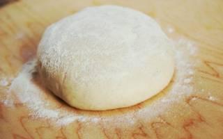 Тесто для пиццы: тонкое и мягкое, как в пиццерии (без дрожжей)
