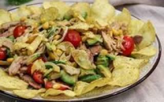 Салат с чипсами простые рецепт