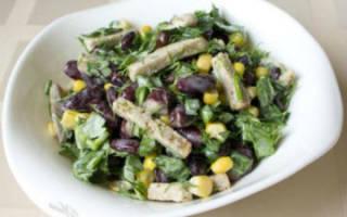 Постный салат с фасолью помидорами и сухариками рецепт
