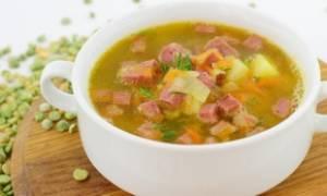 Суп гороховый с копченой колбасой рецепт