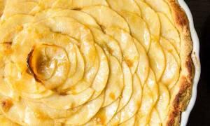Открытый пирог с яблоками из песочного теста: рецепт с фото
