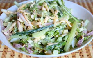 Салат с копчёной куриной грудкой и свежими огурцами: рецепт с фото