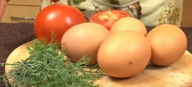 Яичница с помидорами рецепт