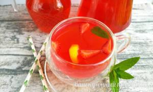 Вишня-яблоко-клубника (компот в мультиварке) рецепт