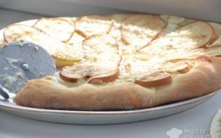 Сладкая пицца с рикоттой, грушей и моцареллой: рецепт с фото